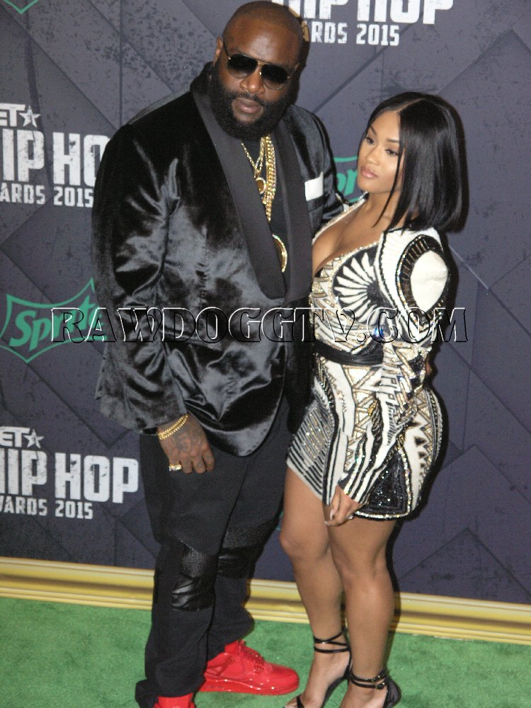 BET HIPHOP AWARDS 2015 RED CARPET PHOTOS ATLANTA (18)